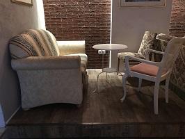8 lounge